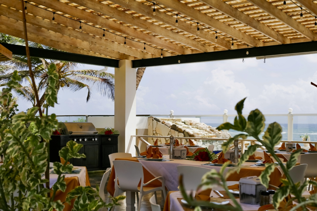 beachfront dining and bar at blue paradise DR